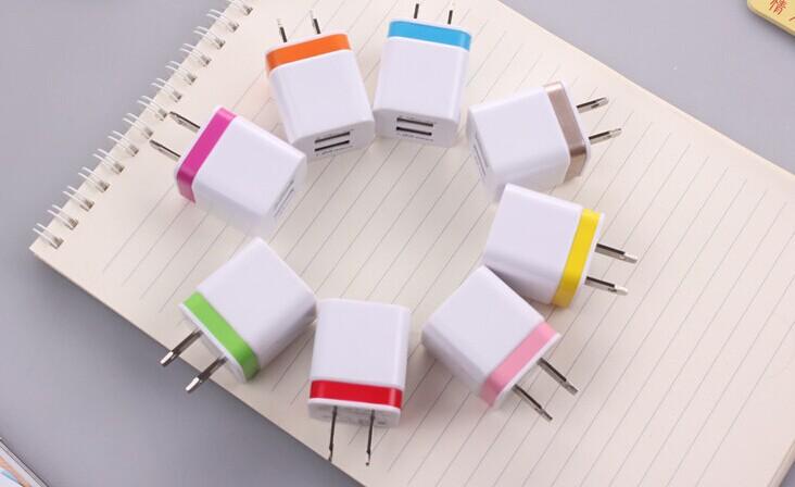 绿点双USB充电器手机充电器双USB输出5V1.5A充电器